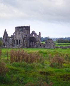 #PinUpLive - Visit ancient ruins as you hike Ireland from coast to coast. A frothy Guinness awaits the end of your day.