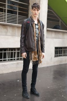 Street style men's fashion 2014 fall winter layered grunge plaid and scarves scarf