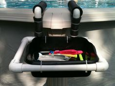 PVC pool toy holder for the little stuff Pvc Pool, Pool Decks, Pool Fun, Pool Toy Storage, Pool Organization, Swimming Pool Toys, Pvc Projects, Backyard Projects, Pool Care