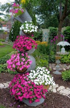 55+ Unique Container Gardening Ideas_21 #uniquecontainergardeningideas
