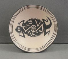 Horny Toad Bowl - Mimbres Design -- Native American Pottery in Miniature. Native American Pottery, Native American Art, Southwest Pottery, Gourd Art, Circle Shape, Aboriginal Art, Mark Making, Native Art, Antique Glass
