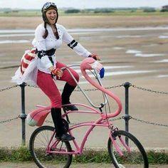 OMG! A Pink Flamingo Bike!