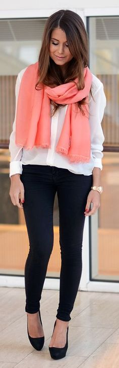 Coral Scarf by Mariannan Winter Looks, Winter Style, Autumn Winter Fashion, Denim Outfits, Fall Outfits, Casual Outfits, Coral Scarf, Future Clothes, Women's Fashion