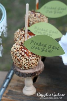 Caramel Apple Party Favor made with Cricut Explore -- Giggles Galore. #DesignSpaceStar Round 3