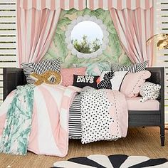 medianet_width = medianet_height = medianet_crid = medianet_versionId = Urban and suburban dwellers often choose a rustic or country look for their homes to counter the steel and concrete around them. Daybed Room, Daybed With Trundle, Daybed Pillows, Throw Pillows, Teen Girl Bedrooms, Big Girl Rooms, Tween Girl Bedroom Ideas, Country Look, Emily And Meritt
