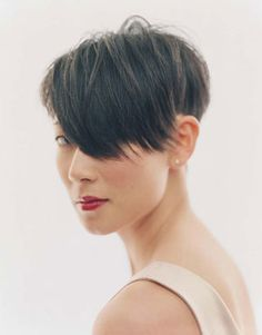 Inspired by the latest wave of models sporting cropped locks, Christina Han discovers the kindest cut. Dope Hairstyles, 2015 Hairstyles, Pixie Hairstyles, Haircuts, Short Hair Cuts, Short Hair Styles, Pixie Styles, Cut Her Hair, Great Hair