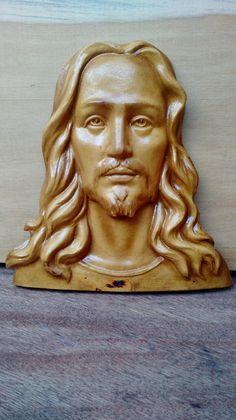 Rosto de Jesus entalhado em madeira | Artech | Elo7
