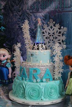 "Yara's Let it go 1st Birthday ""Frozen"" | CatchMyParty.com"