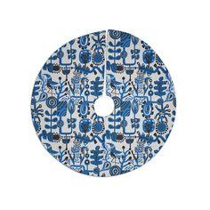 "Agnes Schugardt ""Dream"" Blue White Tree Skirt"