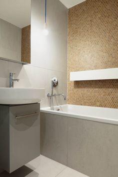 Apartamento pequeno destaca cortiça na decoração - limaonagua