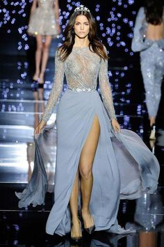 Shimmering couture Zuhair Murad princesses in detailed gowns and the occasional detailed jumpsuit. See the Zuhair Murad Haute Couture F/W 2015 show below: Fashion Week, Look Fashion, High Fashion, Fashion Show, Stunning Dresses, Beautiful Gowns, Couture Fashion, Runway Fashion, Couture Style