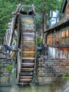Water Wheel - Pixdaus Lagoon Amusement Park, Old Grist Mill, Water Powers, Water Mill, Saint Martin, Old Barns, Le Moulin, Covered Bridges, Old Buildings