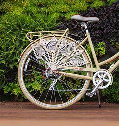 12 DIY Ways to Pimp Your (Bike) Ride via Brit + Co.