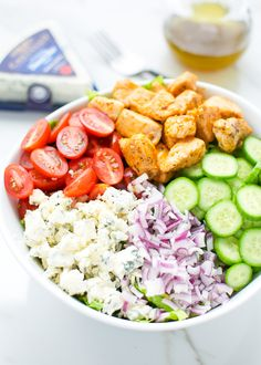Buffalo chicken and blue cheese salad 2-1 @lsl6