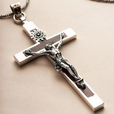 "Men's Sterling Silver Sandalwood Jesus Cross Pendant Necklace with Sterling Silver Rope Chain 18""-24"""