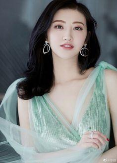 Beautiful Chinese Women, 10 Most Beautiful Women, Beautiful Girl Image, Beautiful Asian Girls, Amazing Women, Divas, Asia Girl, Sexy Asian Girls, Glamour
