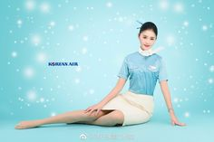 Stewardess Pantyhose, Red Pantyhose, Military Women, Cabin Crew, Sexy Stockings, Flight Attendant, Traditional Outfits, Sexy Legs, Korean Girl