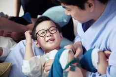 Daehan Minguk Manse and appa photoshoot for new CF on Mid-Autumn festival 2015