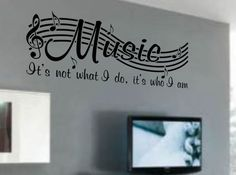 Creating A Music Themed Bedroom | Laney's room
