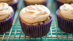 Very few desserts are not improved by the addition of peanut butter, and Stella Parks of Serious Eats has the perfect frosting to let you get peanut buttery goodness all over your cakes, cookies and muffins as quickly as possible.