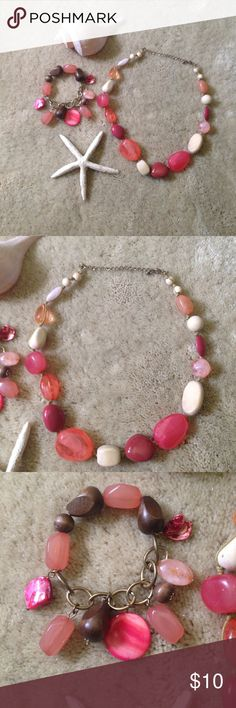 Coral stone necklace and bracelet set Pretty coral stone stretchy bracelet and clasp close necklace.  Gorgeous summer colors(especially against sun kissed skin)☀️ Jewelry Necklaces