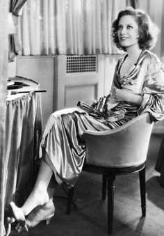 Joan Crawford in a publicity shot for Dance, Fools, Dance, 1931.