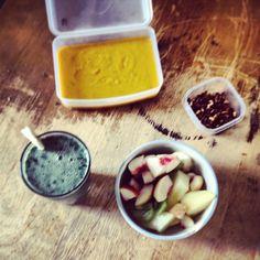 #soup #milkshake #fruitsalad #pinenuts #soysauce #snacks #dailyfood #squash #squashsoup #peach #banana #melon #kiwi #kale #smoothie #strawbe...