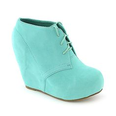 Booties/wedges for bridesmaids? Cause outside wedding