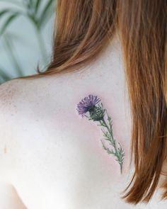 A Scottish Thistle for a Scottish girl🍃⛰ Thanks Sarah!🌿🤗 A Scottish Thistle for a Scottish girl🍃⛰ Thanks Sarah! Time Tattoos, Body Art Tattoos, Small Tattoos, Sleeve Tattoos, Tatoos, Small Celtic Tattoos, Irish Tattoos, Botanisches Tattoo, Sternum Tattoo