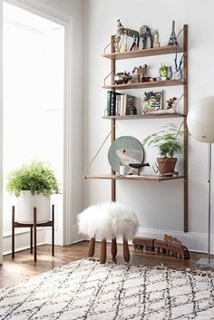 small space office solutions for the home @My Style Vita | Fashion & Lifestyle Blog