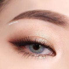 A imagem pode conter: uma ou mais pessoas e close-up – линда – Makeup Korean Makeup Look, Asian Eye Makeup, Asian Makeup Looks, Makeup Inspo, Makeup Tips, Makeup Products, Makeup Trends, Makeup Ideas, Makeup Hacks