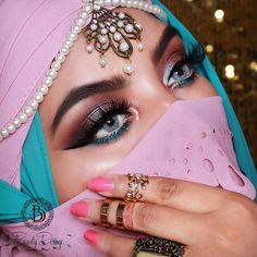 """1,933 Likes, 16 Comments - Jeeshan Umar (@beautydosage) on Instagram: """"Back at it with the Crazy Arabian looks  ✨ Products used: ✨ Contact lenses: @boulonguise freshtone…"""""""