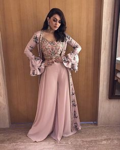 Baby pink bollywood style plazzo salwar suit with printed shrug Baby rosa Bollywood-Stil Plazzo Salw Indian Gowns, Indian Attire, Shrug For Dresses, The Dress, Lehenga Designs, Pakistani Outfits, Indian Outfits, Indian Designer Outfits, Designer Dresses