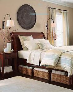 I like this layout for a guest room. I will try to recreate this...