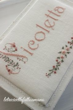 scatola con ricamo - embroidery