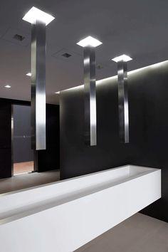 Bathroom inside the new Bonaldo showroom in Italy by Studio Lipparini _