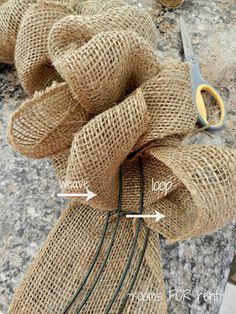 How to make a burlap wreath weaving ribbon through a wire wreath form. Tutorial with pics : {Spring Burlap Wreath} Burlap Projects, Burlap Crafts, Wreath Crafts, Craft Projects, Wreath Ideas, Craft Ideas, Cute Crafts, Crafts To Do, Fall Crafts