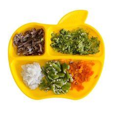 Usar os cinco grupos principais de cores garante a inclusão de todos os nutrientes necessários para o bebê em cada refeição