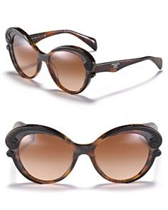 Prada sunglasses...live this shape