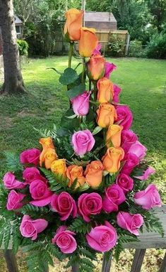 Fantastic Photos Funeral Flowers pink Ideas If you might be organizing or perhaps attending, memorials are always a sorrowful and occasionally nerve-racki. Beautiful Roses, Orange Roses, Rose Arrangements, Flower Decorations, Funeral Flowers, Beautiful Flowers, Church Flower Arrangements, Flowers, Fresh Flowers Arrangements