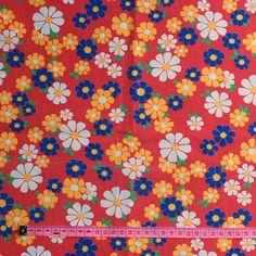 Seventies vintage fabric par FrauSvensson sur Etsy, $10.00