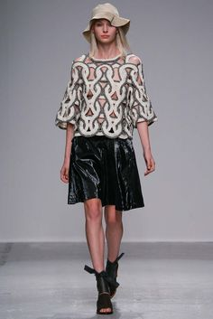 Christian Wijnants Spring 2015 Ready-to-Wear - Collection - Gallery - Look 31 - Style.com