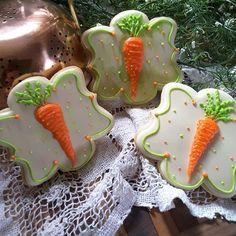 #eastercookies #decoratedcookies #royalicingcookies #sugarcookies #carrot # carrot Easter cookies ##royalicingartist #kidscookies #cookielove #cookieart #countrycookies #