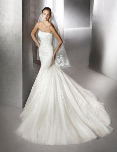 Zana, vestido de novia, estilo sirena, escote bañera