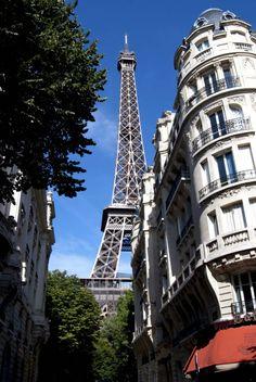 Eiffel Tower - Paris - France (byGaren Meguerian)
