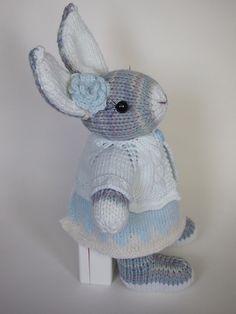 Ravelry: kpk129's Snow Bunny for Julie
