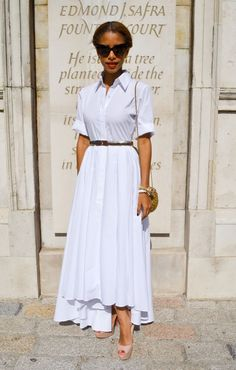 "The-Midi-Dress-Paris-London-Fashion-Week. Julia Style Me says: ""Glamorous white shirt! London Fashion Weeks, Modest Outfits, Modest Fashion, Cute Outfits, Skirt Outfits, Camisa Formal, Looks Street Style, Classic Outfits, Mode Inspiration"