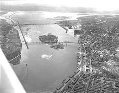 June 1963 Expo 67 Montreal, Quebec Montreal, Montreal Ville, Photos Du, Old Photos, Vintage Photos, Canada, Construction, World's Fair