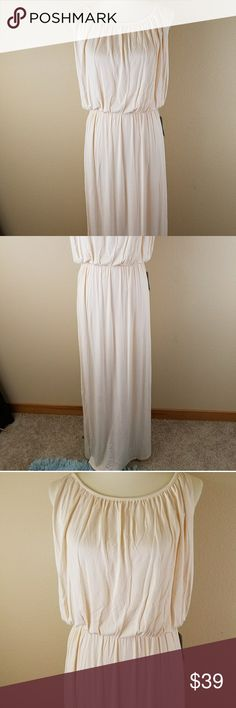 Felicity & Coco sleeveless stretch maxi dress Greek style m?ximo dress fully lined size small ivory felicity and coco Dresses Maxi