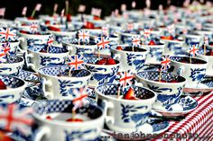 We love a good old cup of tea! Why not present strawberries or the dessert in teacups to your thoroughly british guests!